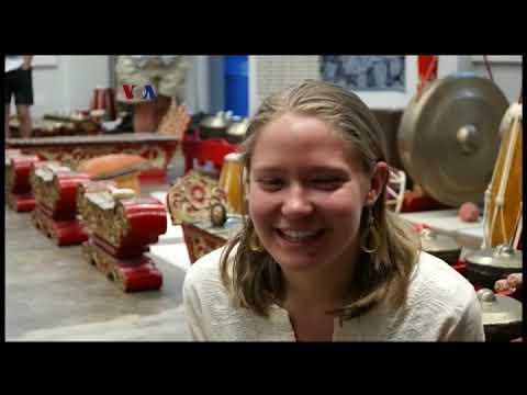 Henry Spiller: Pakar Gamelan Sunda Di Universitas California, Davis