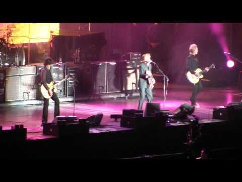 Paul McCartney - Hello, Goodbye [1080][Vivo en Santiago,Chile][Buen audio]