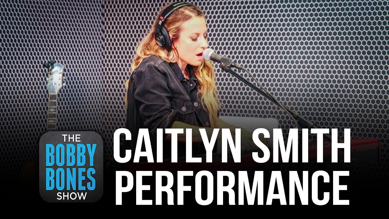 "Caitlyn Smith Performs Some Of ""I Can't"" Plus Cover Of Coldplay's ""Fix You"""