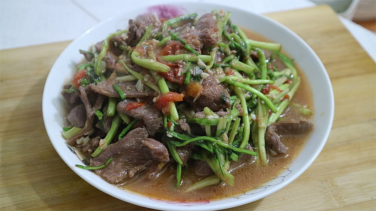THỊT BÒ XÀO RAU CẦN – Beef cooking with vegetables need