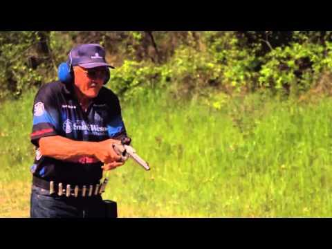 16 disparos con revolver recarga