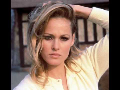 URSULA ANDRESS UNFORGETTABLE
