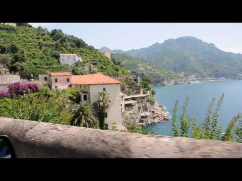 driving amalfi road