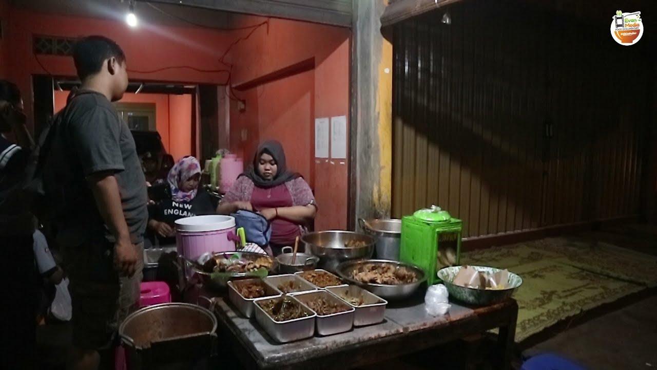 Bukanya Malam Hari Jam 12 Malam Gudeg Yu Yam Kuliner Jogja Street Food Bikinngiler
