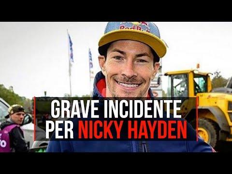 Nicky Hayden travolto da un'auto a Rimini, il pilota è gravissimo