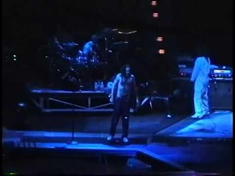 Korn  -  Selland Arena Fresno, CA, 1996 [ Full Show HQ ]