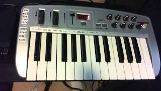 How to play keyboard part to Black Magic Woman