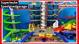 Majorette Super City Garage speelgoed uitpakken en spelen | Family Toys Collector
