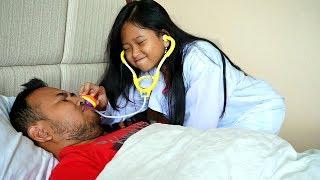 PAPA LAGI SAKIT!!! hikk 😢 Parodi Main Dokter Dokteran 💖 Jessica Jenica