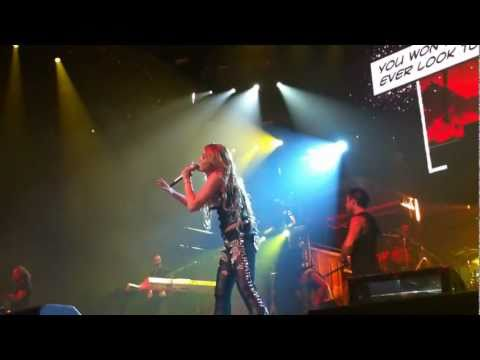 Miley Cyrus - Scars HD LIVE - Melbourne, Australia June 24, 2011 - Front Row Gypsy Heart Tour