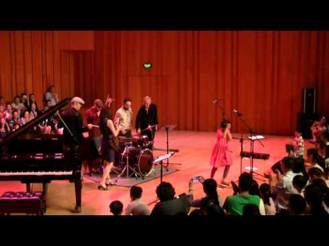 Cynthia Sayer & the Joyride Band, Live in China: Dark Eyes