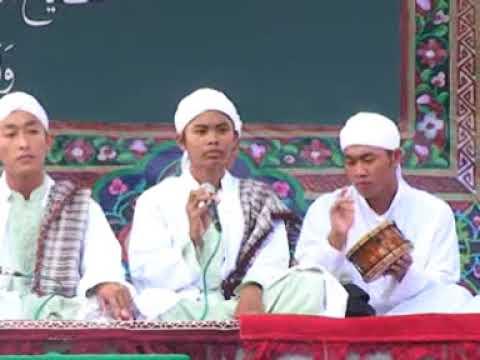 manaqib tijany oleh santri tarbiyatut tijaniyah dalam idul khatmi probolinggo 2011