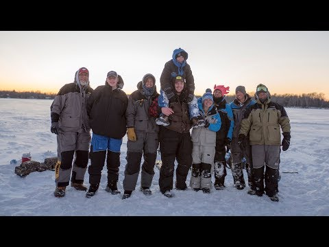 03_2018 Wisconsin Badger Family Ice Fishing Trip  -Preview-