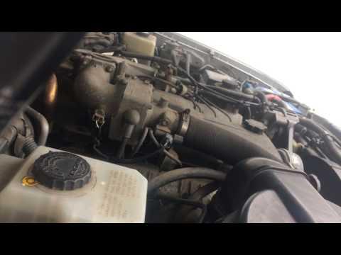 Toyota Land Cruiser 100 series 4.2 turbo diesel 1HD-FTE engine start up + rev sound
