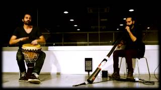 Didgeridoo y Djembe (Marcos Úbeda y Christian dehugo)