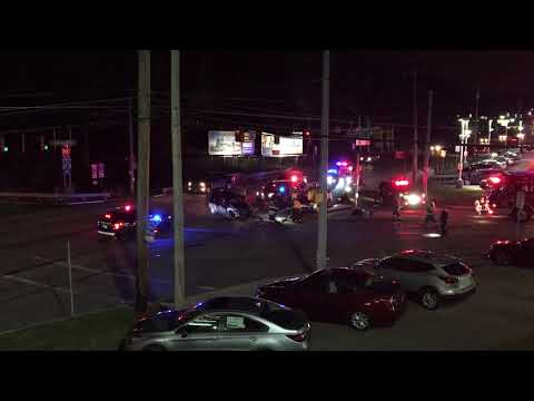 Two SUVs crashed in Pleasant Hills, Pa.