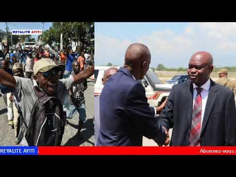 Yon Militan Pitit Dessaline kraze Fednel Monchery Bwa a mare pou PHTK