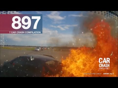 Car Crash Compilation 897 - Jun 2017