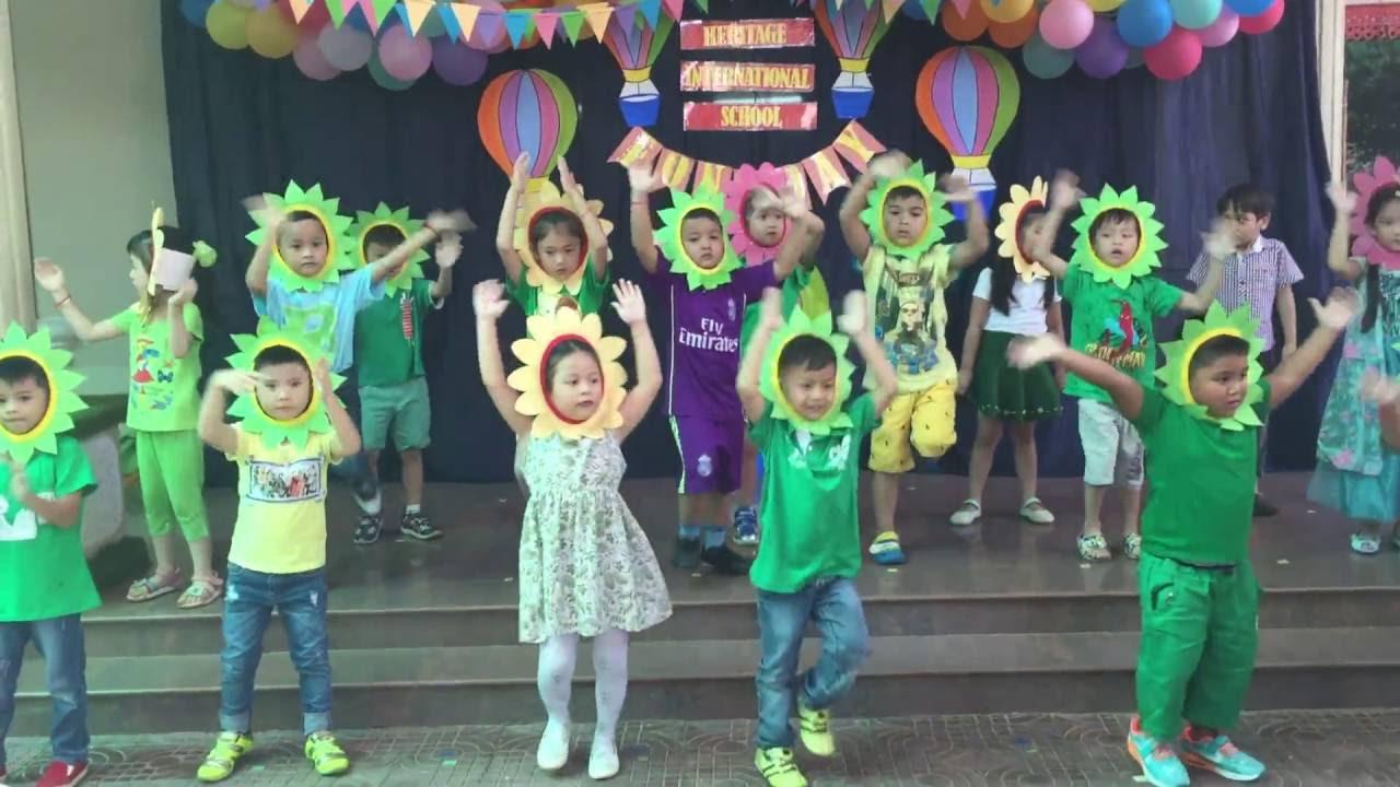 Kid Songs, Kindergarten School, Performance At Playschool