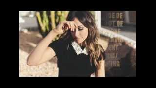 Watch Kacey Musgraves Silver Lining video