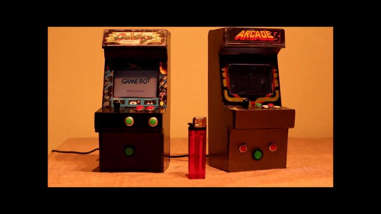 Custom mini arcade cabinets plays Gameboy Advance Games - YouTube