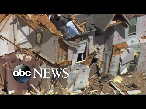 Severe storms move from Texas to Missouri