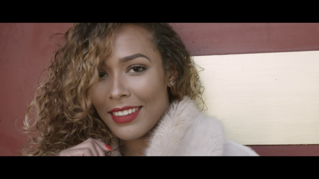 axel-tony-mwen-lov-clip-officiel-2017-axeltonytv