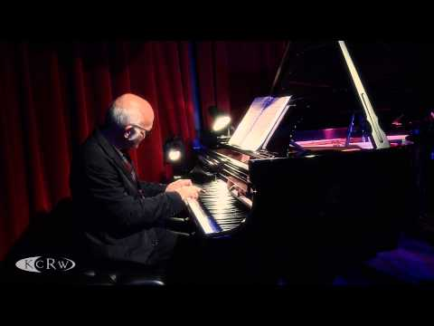 "Ludovico Einaudi performing ""Brothers""  at KCRW&39;s Apogee Sessions"