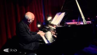 "Ludovico Einaudi performing ""Brothers"" Live at KCRW's Apogee Sessions"