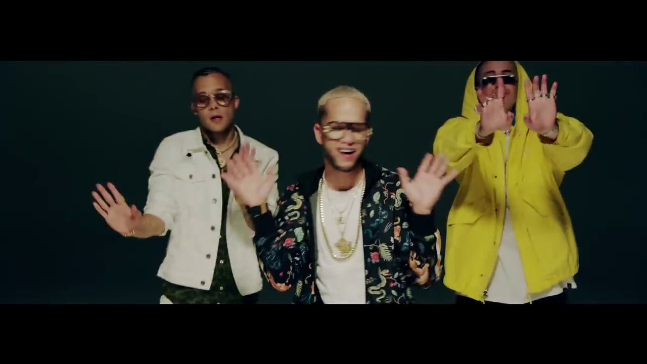 Te Bote Remix   Casper, Nio García, Darell, Nicky Jam, Bad Bunny, Ozuna   Video Oficial