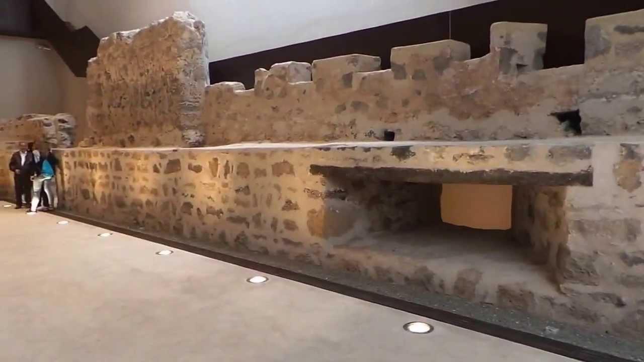 Se inauguran nuevos servicios de visitas guiadas en el Museo Canario para alemanes y británicos
