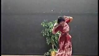 Bengali Folk Dance Moyna Cholat Cholat Durga Pujo 2009