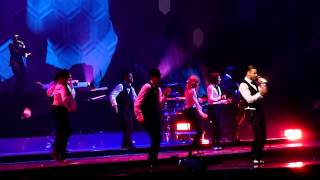 Justin Timberlake - Strawberry Bubblegum (20/20 Experience Tour Philadelphia 11-10-13)