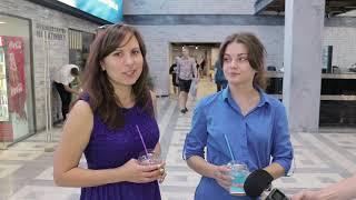 """Смотреть видео Освежающие напитки в бизнес-центре """"Нагатинский"""" помогают отдохнуть от жары онлайн"""