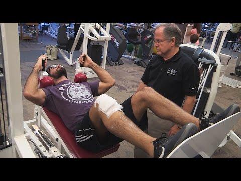 Seth Rollins beginnt mit seiner Physio-Therapie: WWE.com Exclusive – 25. November 2015