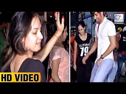 Kunal Verma & Puja Banerjee's CRAZY Dance At Ganpati Visarjan