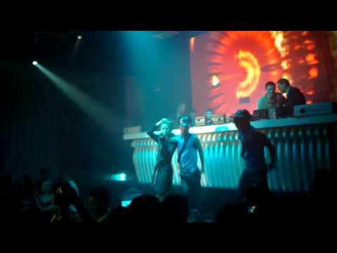 Luong Bich Huu (live) in MTM club .vu truong bar MTM .Bien Hoa club