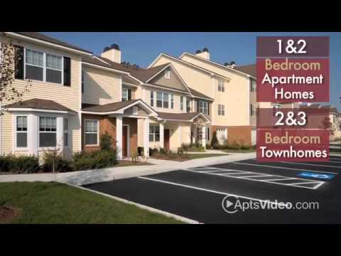 Grandeville at Greenwich Apartments in West Greenwich, RI
