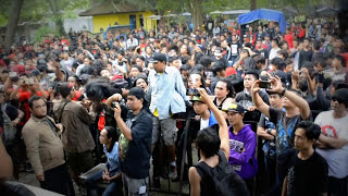 Video Thrashline - Pasukan Berani Mati download MP3, 3GP, MP4, WEBM, AVI, FLV November 2017
