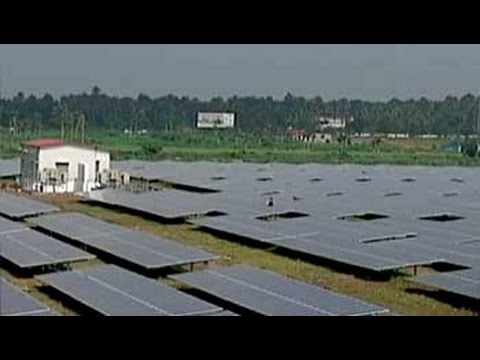 How did India build its first solar powered airport?