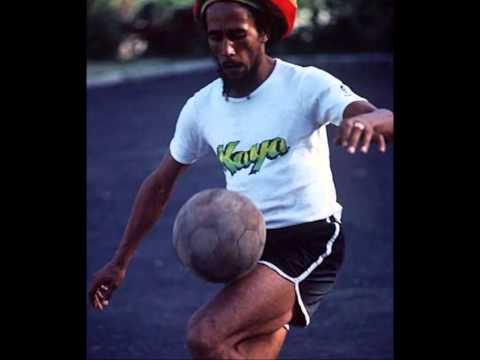 Bob Marley And The Wailers - Waiting In Vain Demo Version