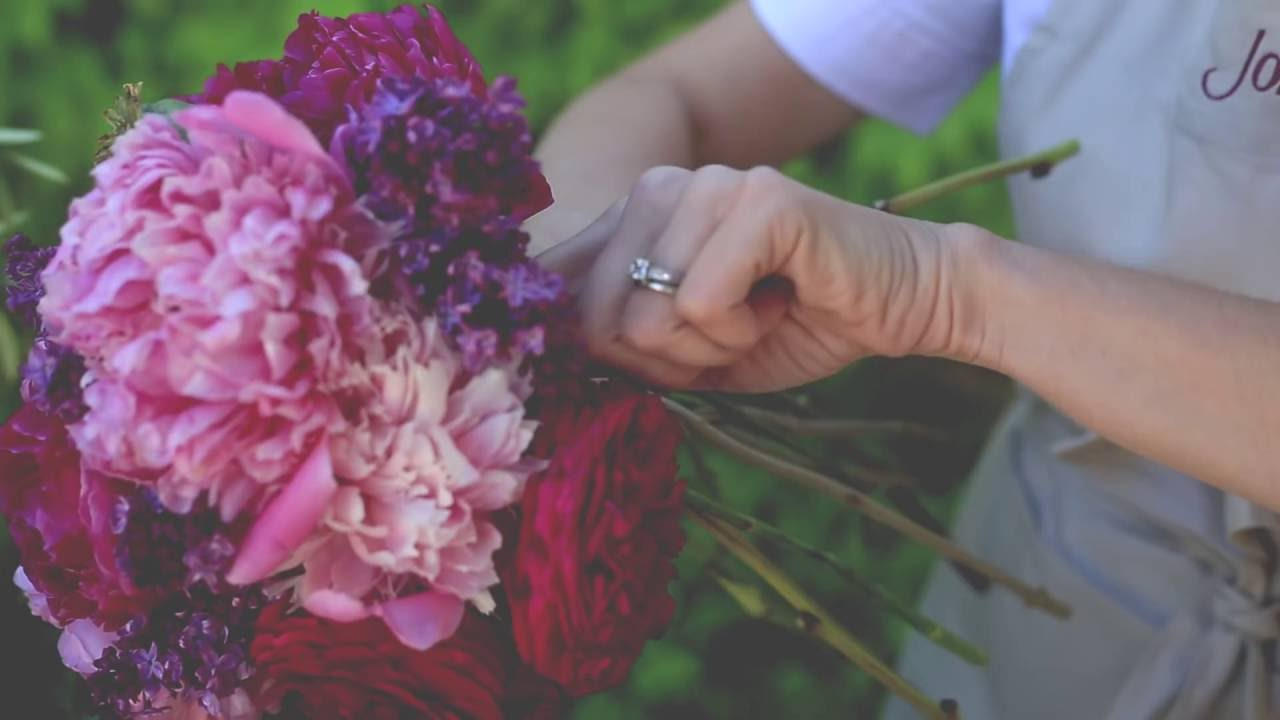 How to Make a Floral Arrangement | DIY Flower Bouquet | Jordan ...