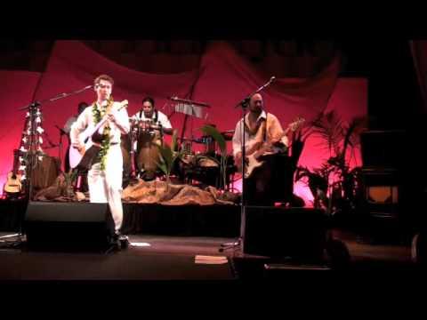 MAKANA sings FADO in The Royal Hawaiian 2009