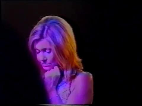 Olivia Newton-John • Sand and Water (2002.10.05)
