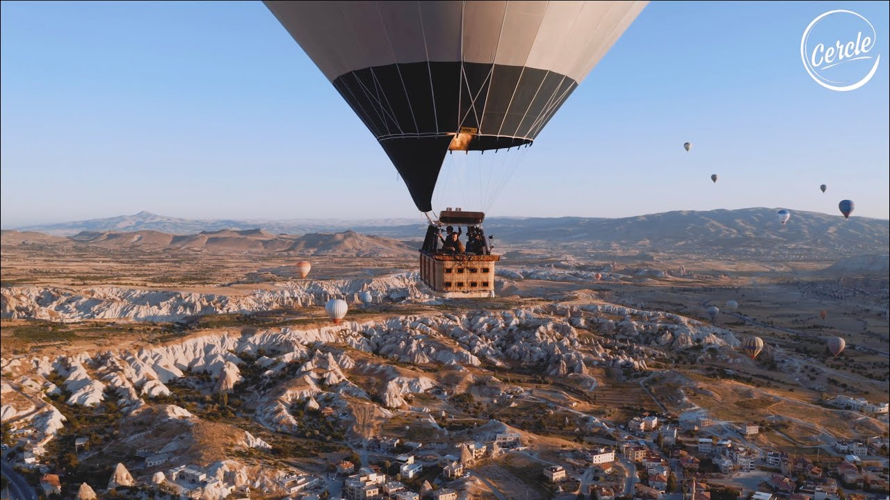 Ben Bhmer live above Cappadocia in Turkey for Cercle