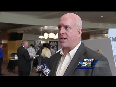 Cincinnati career fair places hundreds of veterans into workforce