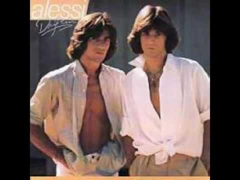 Alessi Brothers - All For A Reason (Tradução)