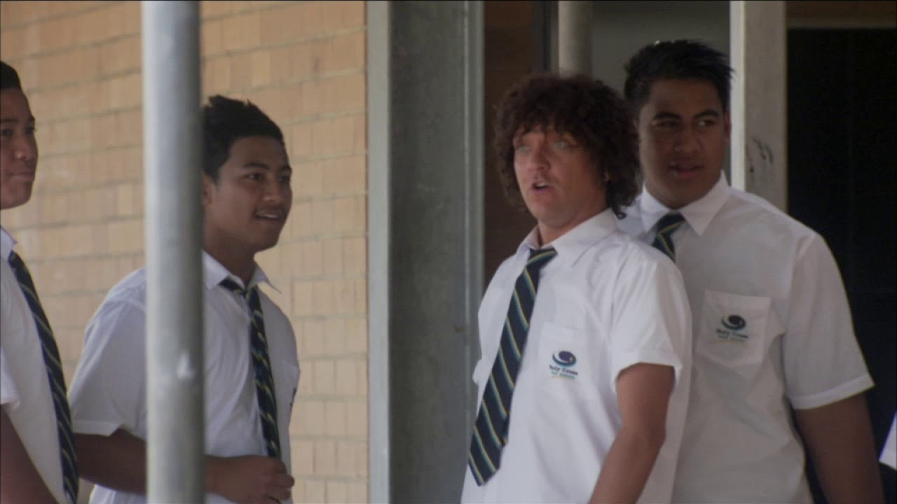 Download Jonah From Tonga (DELETED SCENE) - Graydon and the rangas
