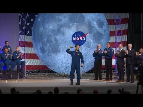 Artemis space program welcomes 13 new astronauts