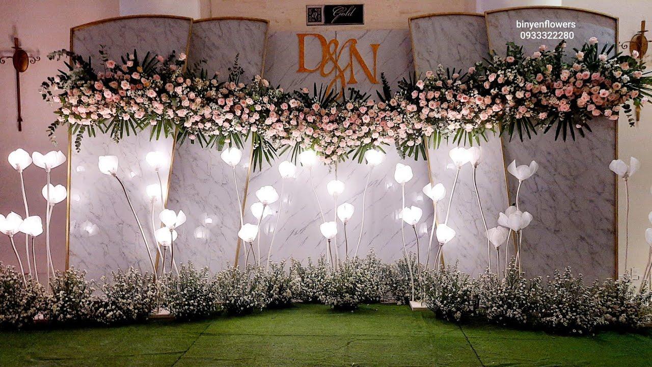 Trang trí hoa tươi Backdrop và Gallery trọn gói từ 25 triệu tại HCM